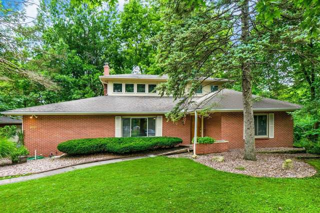 3031 Avalon Road, Columbus, OH 43221 (MLS #221025585) :: Berkshire Hathaway HomeServices Crager Tobin Real Estate