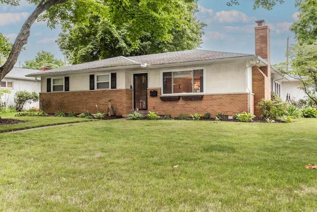 1102 Kennington Avenue, Columbus, OH 43220 (MLS #221026014) :: Signature Real Estate