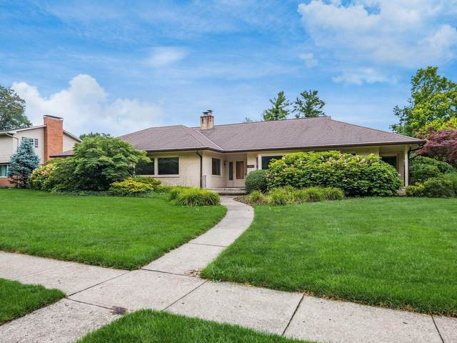 2533 Haverford Road, Columbus, OH 43220 (MLS #221026129) :: The Holden Agency