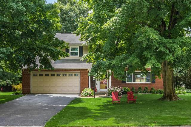 1679 Sussex Court, Columbus, OH 43220 (MLS #221026383) :: Signature Real Estate