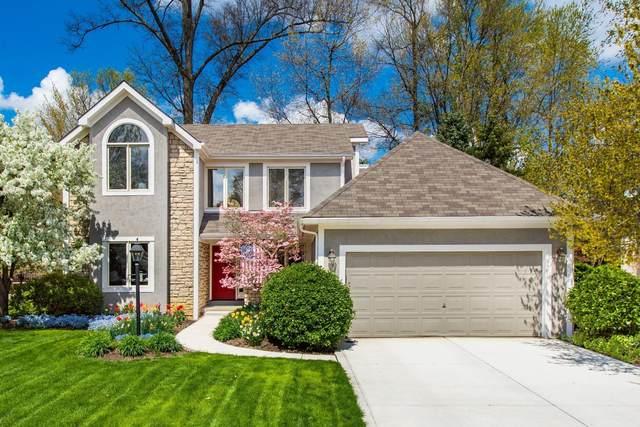 917 Old Pine Drive, Columbus, OH 43230 (MLS #221026450) :: Signature Real Estate