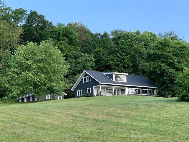 1957 Welsh Hills Road, Granville, OH 43023 (MLS #221026489) :: Core Ohio Realty Advisors