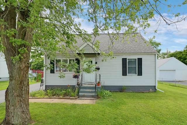 239 Lawrence Avenue, Columbus, OH 43228 (MLS #221026626) :: Signature Real Estate