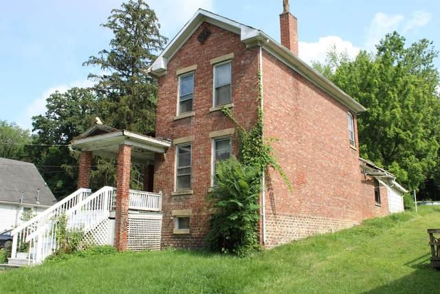 1293 Sharon Avenue, Zanesville, OH 43701 (MLS #221026830) :: Core Ohio Realty Advisors