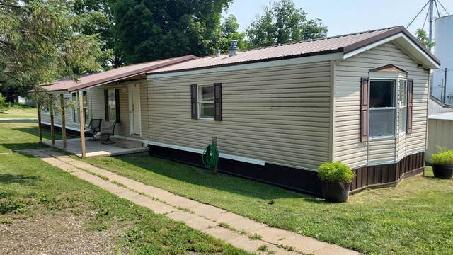 2 S Liberty Street, Marengo, OH 43334 (MLS #221027438) :: The Holden Agency