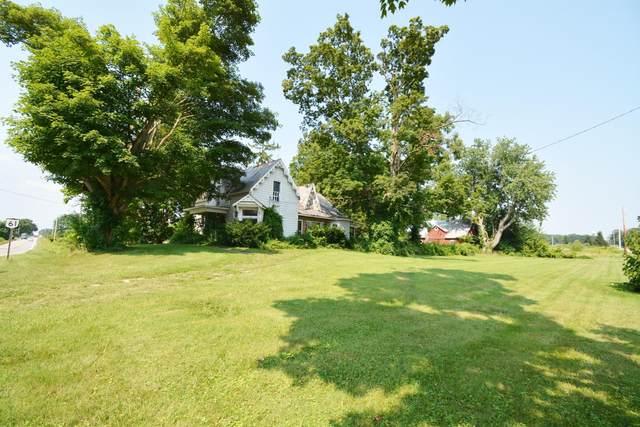 3009 State Route 61, Cardington, OH 43315 (MLS #221028754) :: Susanne Casey & Associates