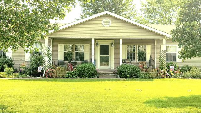 9012 Tri County Highway, Sardinia, OH 45171 (MLS #221029038) :: Berkshire Hathaway HomeServices Crager Tobin Real Estate