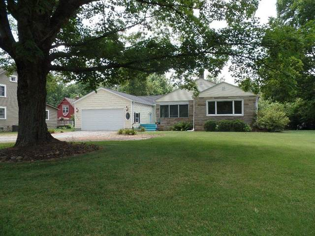 923 Granville Road, Newark, OH 43055 (MLS #221029224) :: The Raines Group