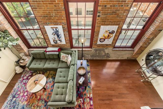 544 S Front St #317, Columbus, OH 43215 (MLS #221029331) :: The Raines Group