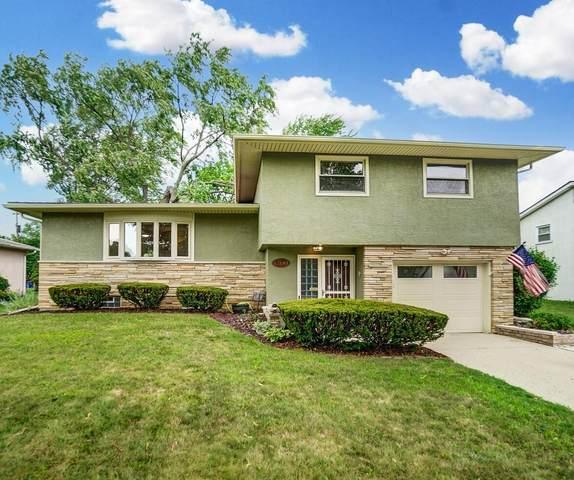 1400 Firwood Drive, Columbus, OH 43229 (MLS #221029425) :: Greg & Desiree Goodrich | Brokered by Exp