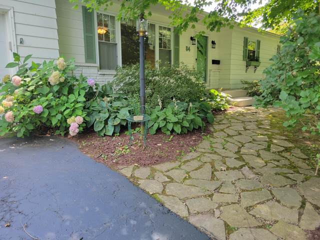 84 Garrick Street, Newark, OH 43055 (MLS #221029495) :: Greg & Desiree Goodrich | Brokered by Exp