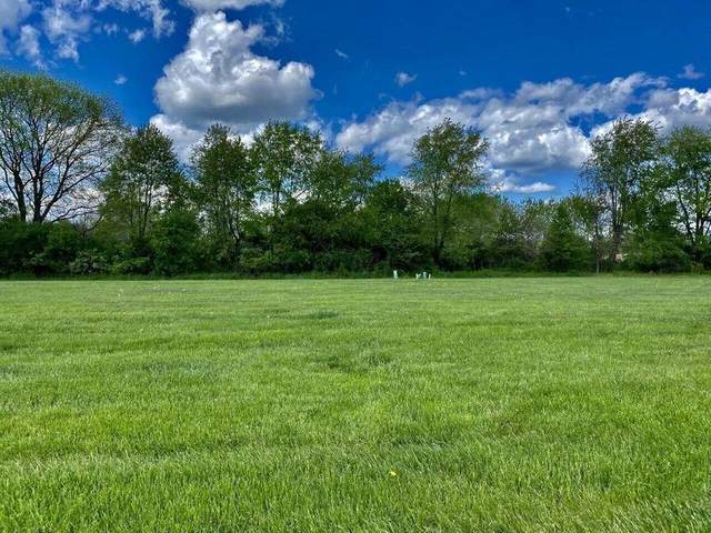 940 Northbrook Court, Heath, OH 43056 (MLS #221029798) :: Greg & Desiree Goodrich | Brokered by Exp