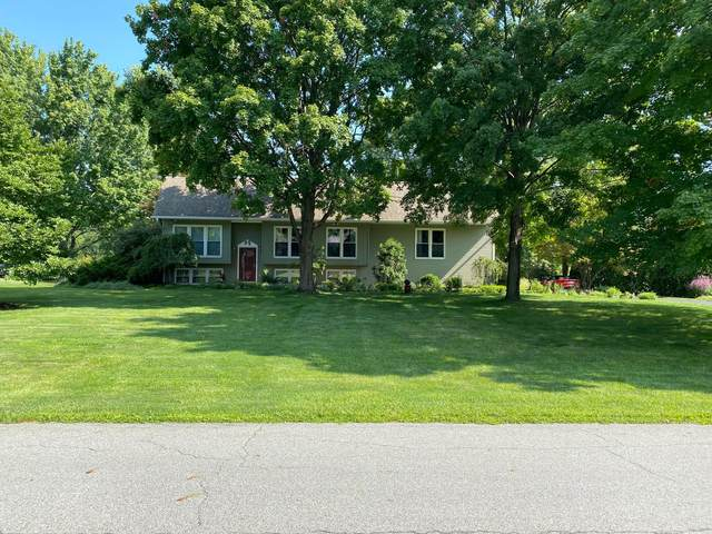 3070 Greenvale Drive, Columbus, OH 43235 (MLS #221030019) :: 3 Degrees Realty