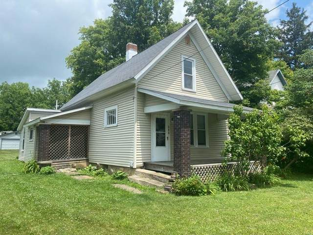 533 E Sandusky Avenue, Bellefontaine, OH 43311 (MLS #221030508) :: CARLETON REALTY