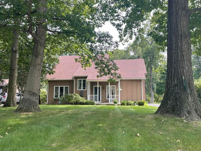 2235 Cherokee Drive, London, OH 43140 (MLS #221030596) :: Berkshire Hathaway HomeServices Crager Tobin Real Estate