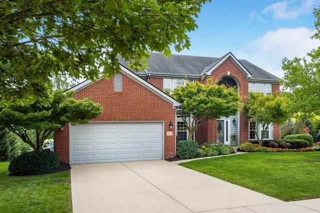 4629 Huntwicke Drive, Hilliard, OH 43026 (MLS #221030807) :: Greg & Desiree Goodrich | Brokered by Exp