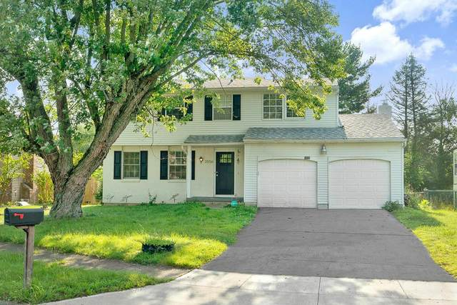 3556 Red Clover Place, Columbus, OH 43224 (MLS #221031371) :: Greg & Desiree Goodrich | Brokered by Exp