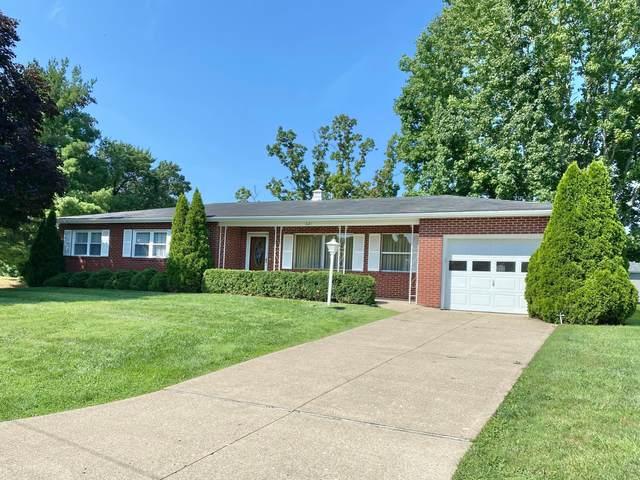 621 Mellwood Drive, New Lexington, OH 43764 (MLS #221033776) :: Greg & Desiree Goodrich | Brokered by Exp