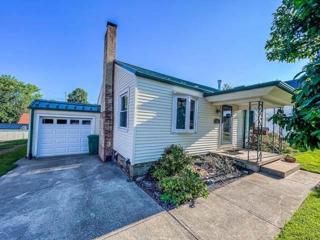 569 Eastern Avenue, New Lexington, OH 43764 (MLS #221034556) :: Greg & Desiree Goodrich | Brokered by Exp
