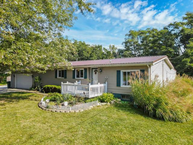 6585 York Road SW, Pataskala, OH 43062 (MLS #221036816) :: The Gale Group