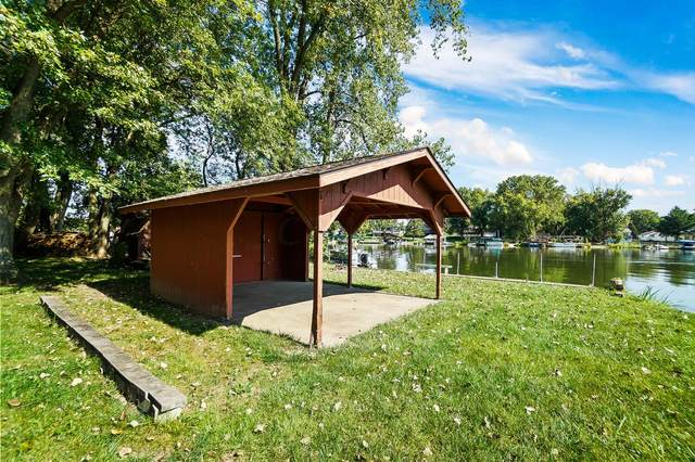 2465 Chickasaw Drive, London, OH 43140 (MLS #221037777) :: Millennium Group