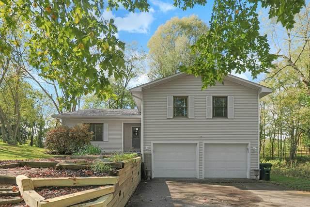 1661 Apple Valley Drive, Howard, OH 43028 (MLS #221039505) :: Greg & Desiree Goodrich   Brokered by Exp
