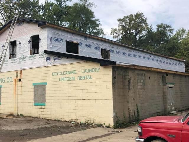 820 Prospect Avenue, Zanesville, OH 43701 (MLS #221039838) :: Berkshire Hathaway HomeServices Crager Tobin Real Estate