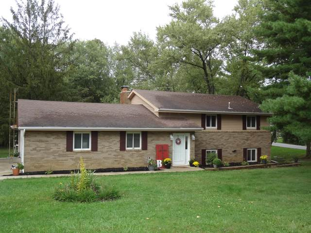 10 Commanche Court, Granville, OH 43023 (MLS #221039888) :: Simply Better Realty