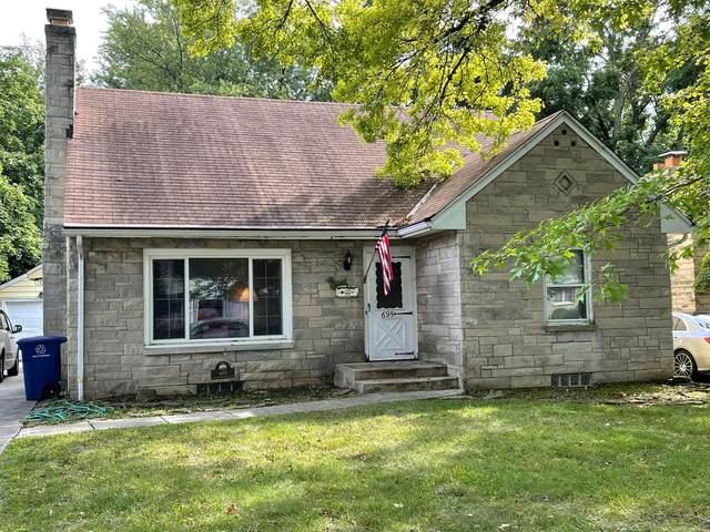 695 E Dominion Boulevard, Columbus, OH 43214 (MLS #221040051) :: Keller Williams Classic Properties Realty