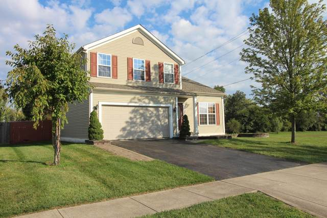 1172 Crossbrook Boulevard, Galloway, OH 43119 (MLS #221040077) :: Sandy with Perfect Home Ohio
