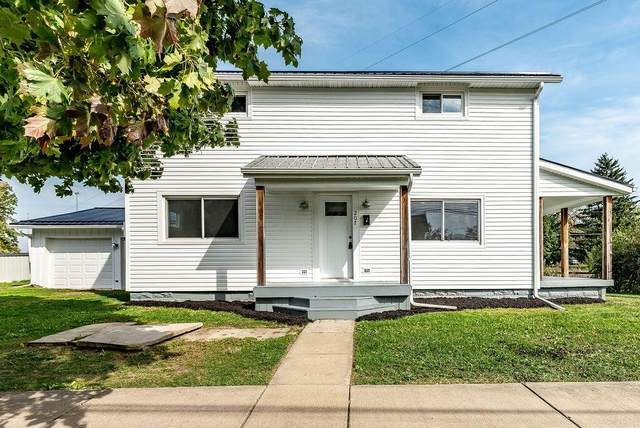 207 N Marion Street, Cardington, OH 43315 (MLS #221040332) :: CARLETON REALTY
