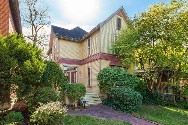 221 W Hubbard Avenue, Columbus, OH 43215 (MLS #221040721) :: Berkshire Hathaway HomeServices Crager Tobin Real Estate