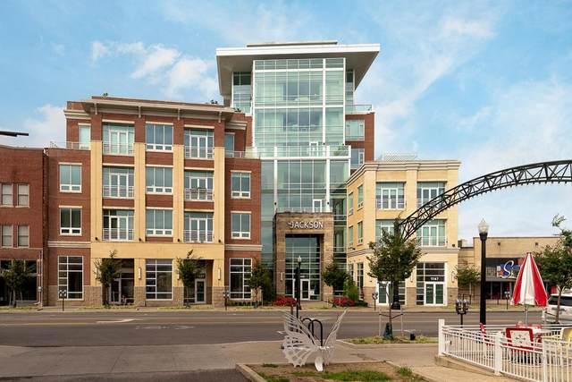 1145 N High Street #302, Columbus, OH 43201 (MLS #221040762) :: Berkshire Hathaway HomeServices Crager Tobin Real Estate