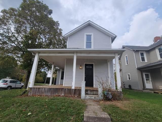 703 Pierce Avenue, Lancaster, OH 43130 (MLS #221041043) :: Signature Real Estate