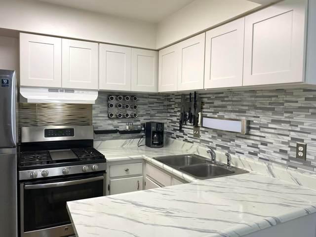 1169 Woodbrook Lane #371, Columbus, OH 43223 (MLS #221041178) :: Signature Real Estate