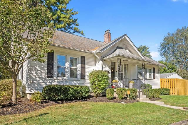 386 E Walnut Street, Westerville, OH 43081 (MLS #221041226) :: Signature Real Estate
