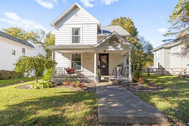 413 E Brown Avenue, Bellefontaine, OH 43311 (MLS #221041366) :: Berkshire Hathaway HomeServices Crager Tobin Real Estate