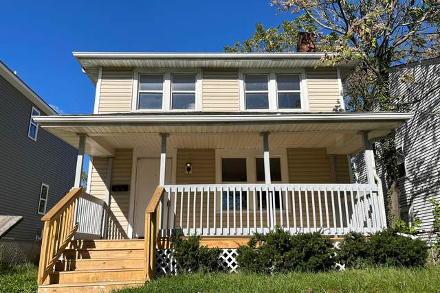 1018 E 16th Avenue, Columbus, OH 43211 (MLS #221041456) :: The Tobias Real Estate Group