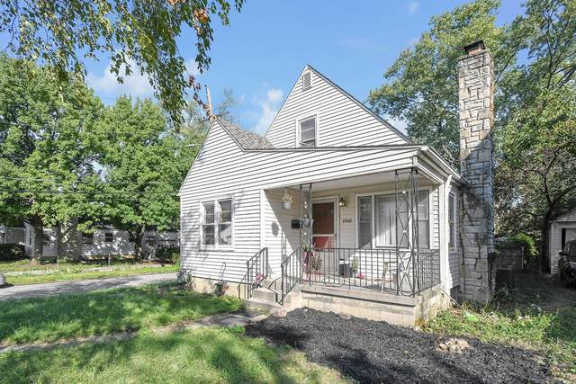 1910 E North Broadway, Columbus, OH 43224 (MLS #221041548) :: Sandy with Perfect Home Ohio