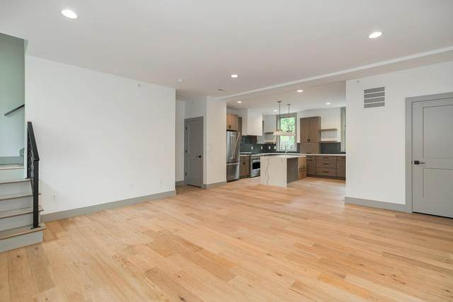 800 Highland Street, Columbus, OH 43215 (MLS #221041945) :: Berkshire Hathaway HomeServices Crager Tobin Real Estate