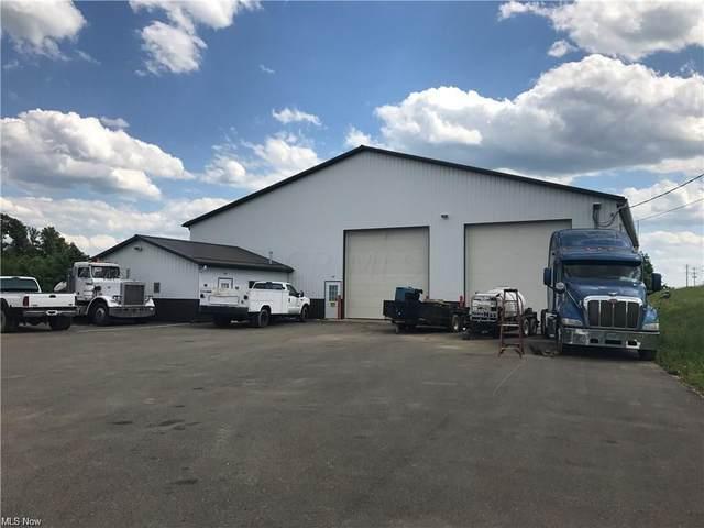 3300 Jim Granger Drive, Zanesville, OH 43701 (MLS #221041994) :: Berkshire Hathaway HomeServices Crager Tobin Real Estate