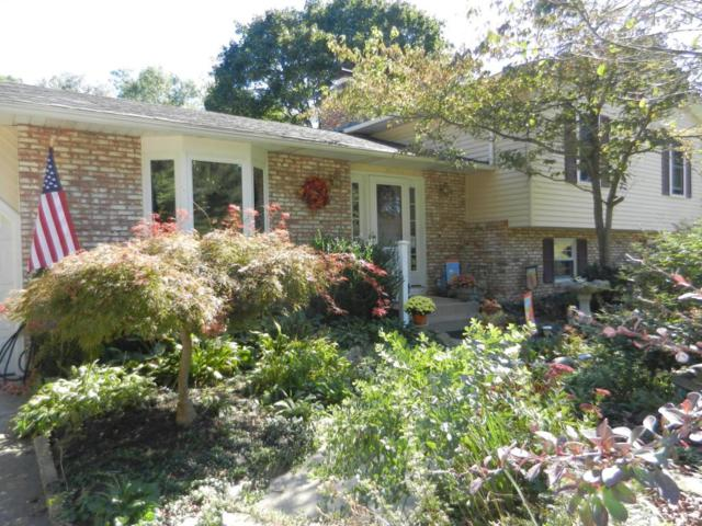 139 Mill Race Road, Granville, OH 43023 (MLS #217035943) :: The Raines Group