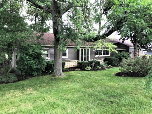 1049 Lakeshore Drive W, Hebron, OH 43025 (MLS #218020008) :: Berkshire Hathaway HomeServices Crager Tobin Real Estate