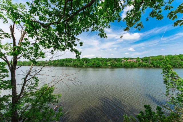Columbus, OH 43221 :: Signature Real Estate