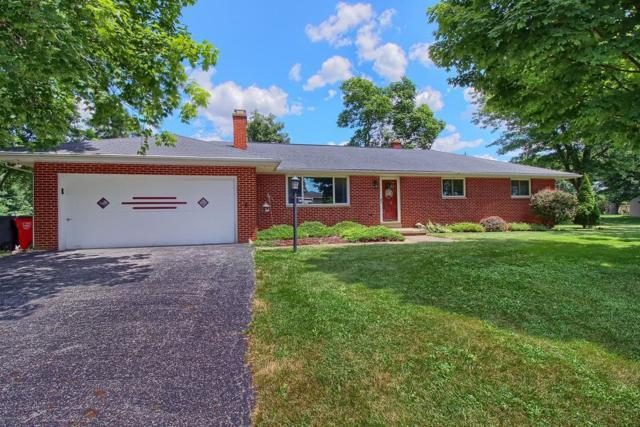 4550 Anglebrook Drive, Grove City, OH 43123 (MLS #218027049) :: The Clark Group @ ERA Real Solutions Realty
