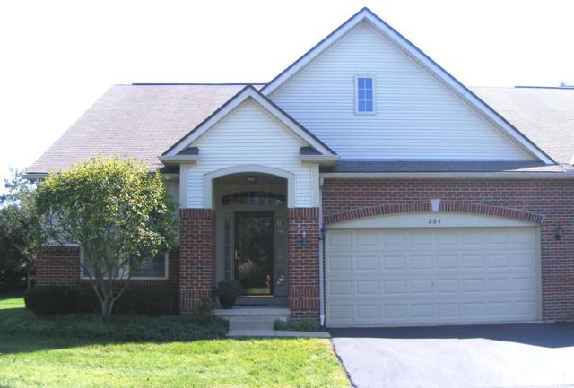 204 Postage Circle, Pickerington, OH 43147 (MLS #218036024) :: Berkshire Hathaway HomeServices Crager Tobin Real Estate
