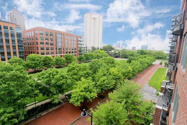 250 Daniel Burnham Square #505, Columbus, OH 43215 (MLS #219018634) :: Signature Real Estate