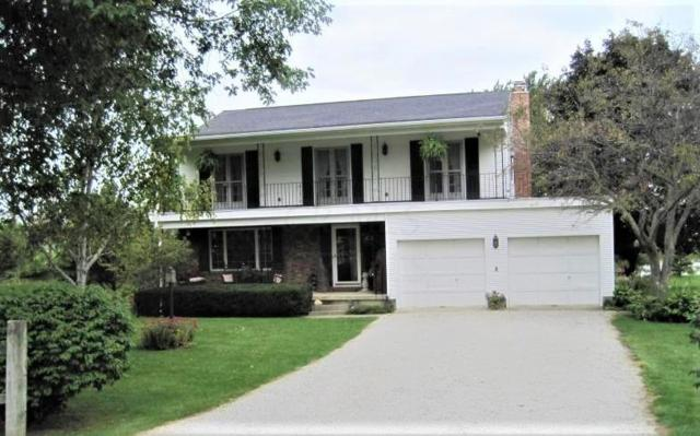 111 Holly Drive, Washington Court House, OH 43160 (MLS #219022880) :: Berkshire Hathaway HomeServices Crager Tobin Real Estate