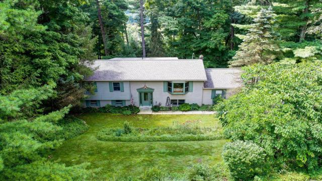 291 Pinetree Drive, Granville, OH 43023 (MLS #219025572) :: The Raines Group