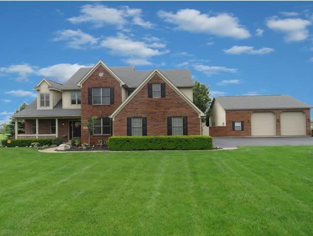 1633 E Glenhurst Drive NW, Lancaster, OH 43130 (MLS #220015836) :: The Holden Agency